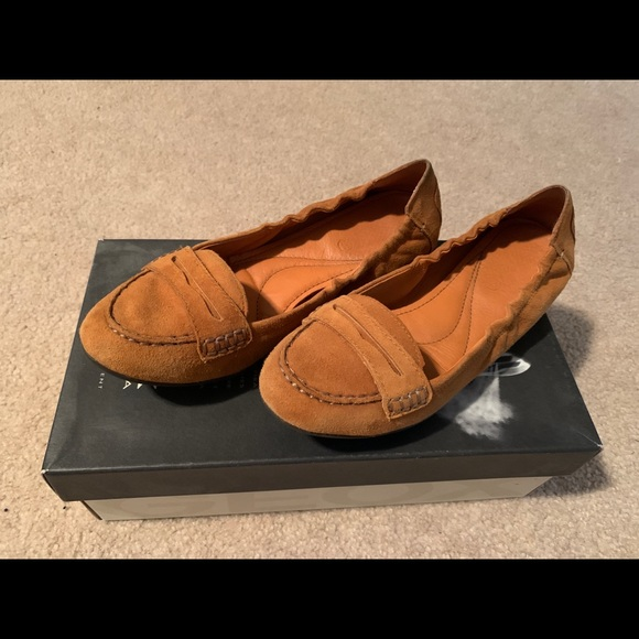 Geox Suede Flats size US7